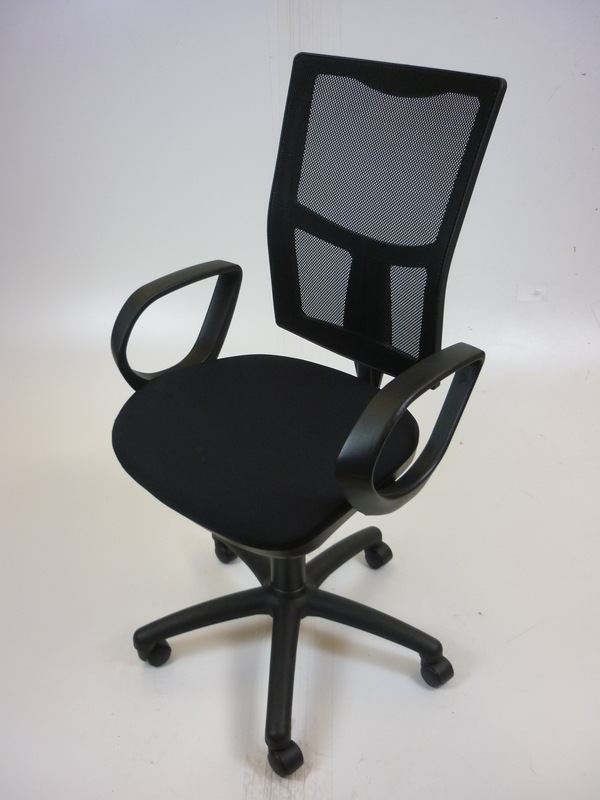 Black mesh back 2 lever operator chairs