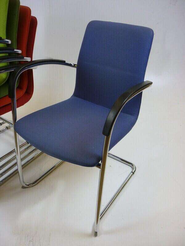 Kusch & Co Ona Plaza stacking chairs