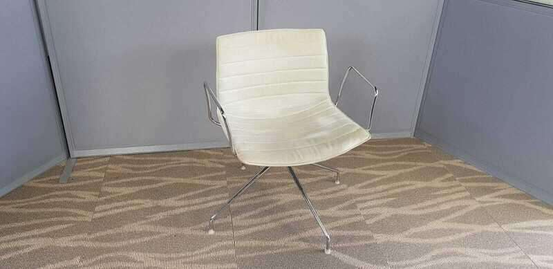 Arper Catifa 53 cream trestle base chairs with arms