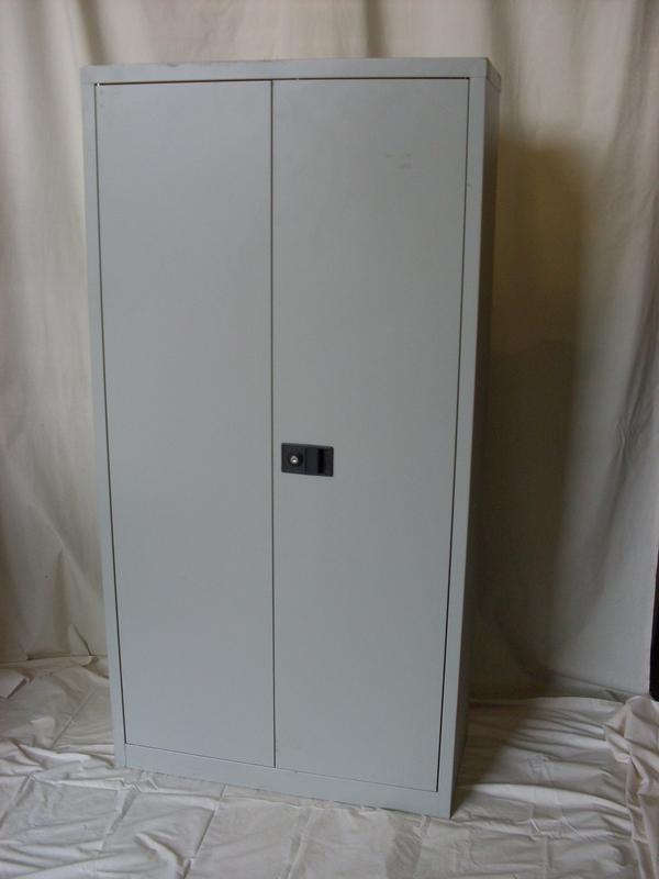 Bisley double door cupboard