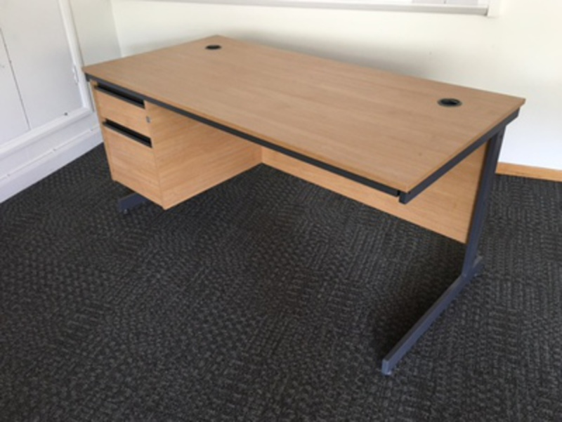 Oak 1500mm desk