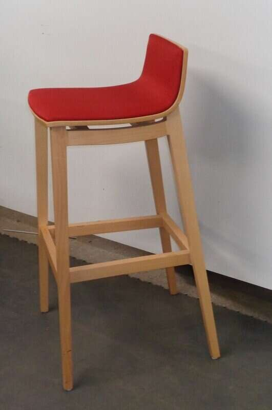 Connection 'Emma' red and beech stool