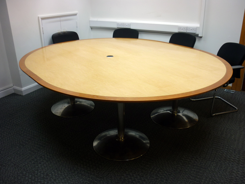 2600 x 2200mm maple/cherry nearly round boardroom table (CE)