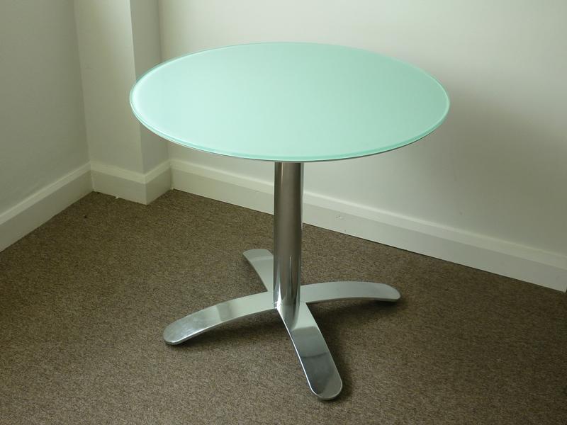 800mm diameter glass cafeacute table