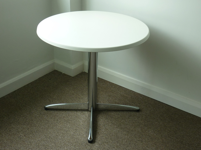 800mm diameter white café table (CE)