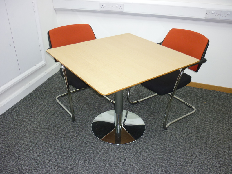 900x900mm beech square meeting table