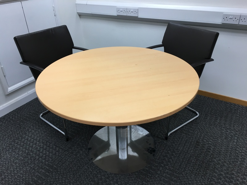 1200mm diameter beech meeting table with column leg (CE)