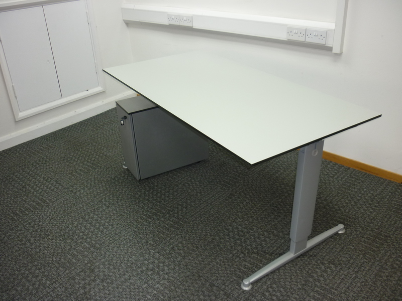 Samas height adjustable desking 1600/1800w x 800d mm