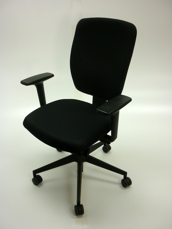 Black Senator Dash task chair with arms