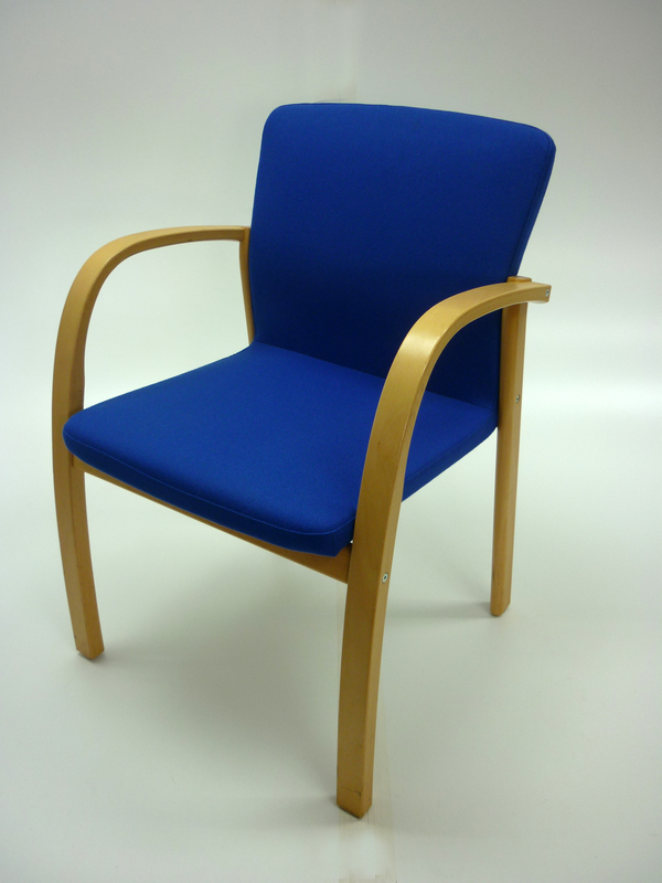 Blue Kinnarps meeting chairs