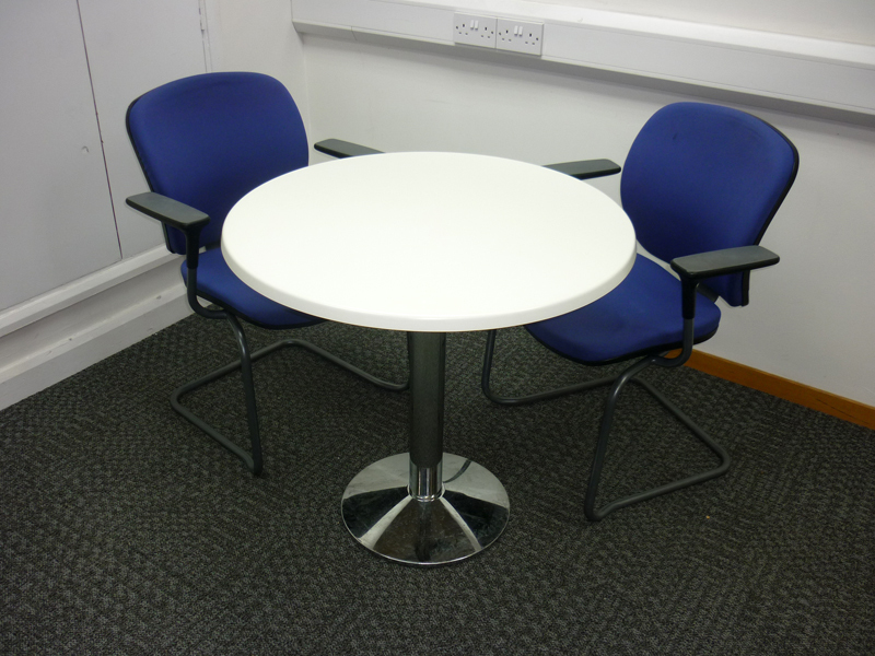 800mm diameter Frovi white dining  tables (CE)