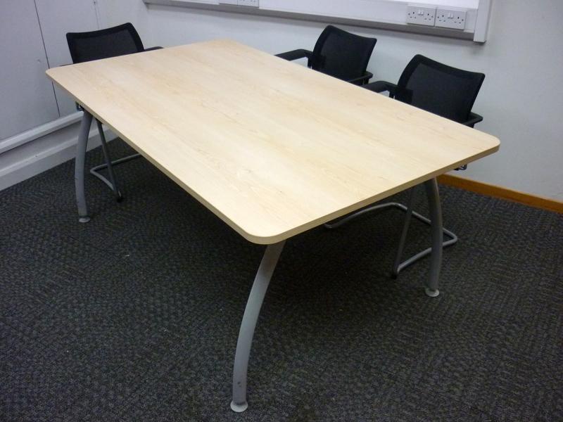 1800 x 1000mm maple Senator Intrigue table