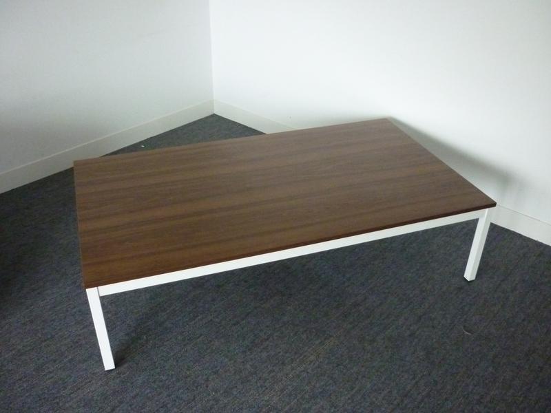 Techo Walnut coffee table