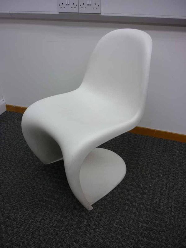 Vitra Panton black and white chairs