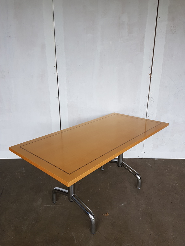 1500 x 750mm Tula rectangular flip top table (CE)