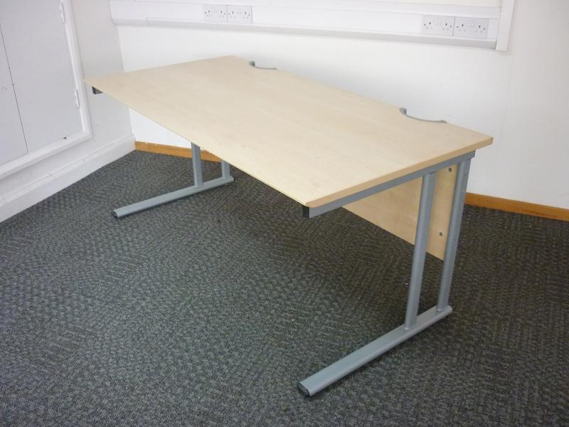 Maple rectangular desk