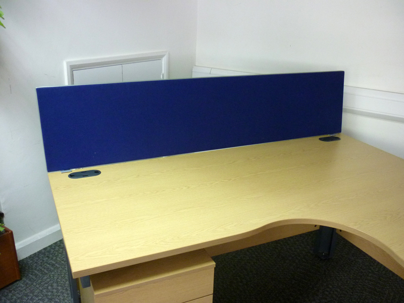1800x400mm blue desk mounted screens