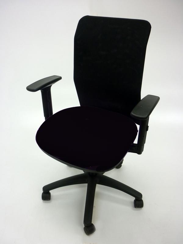 Pledge AIR black/mesh task chair