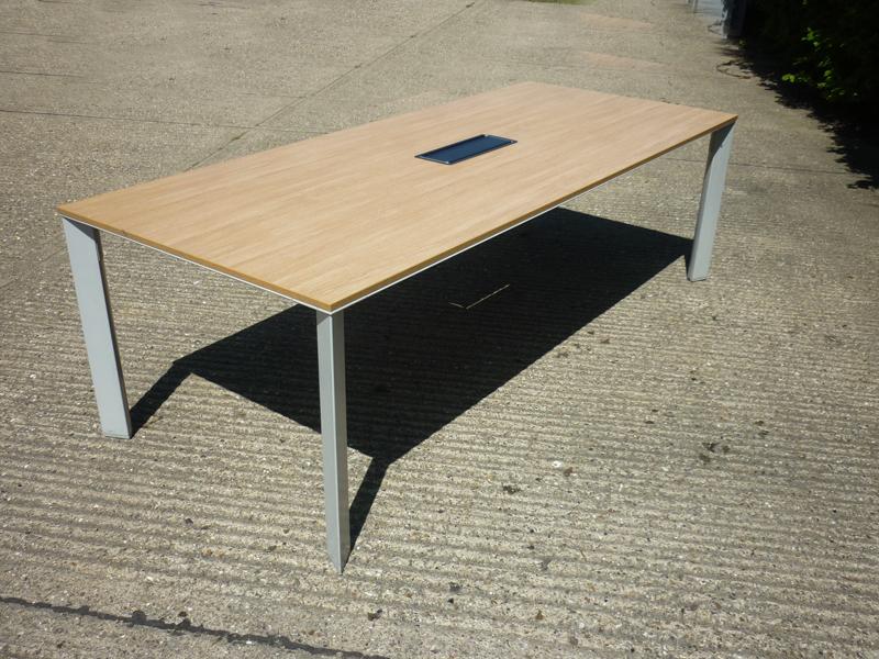 2400x1000mm oak Senator Cameleon table