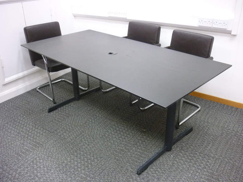 1800x900mm black table