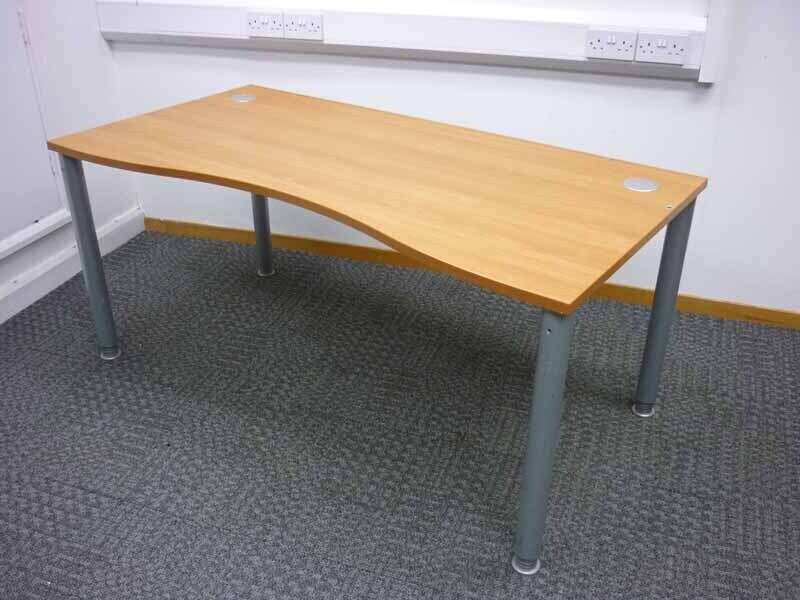 1600mm cherry double wave desks