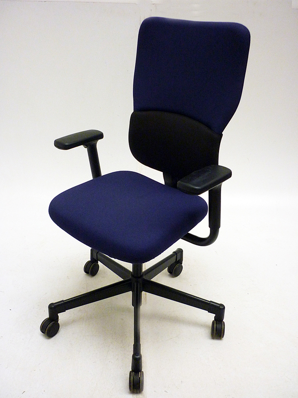Steelcase Let039s B blue amp black task chair