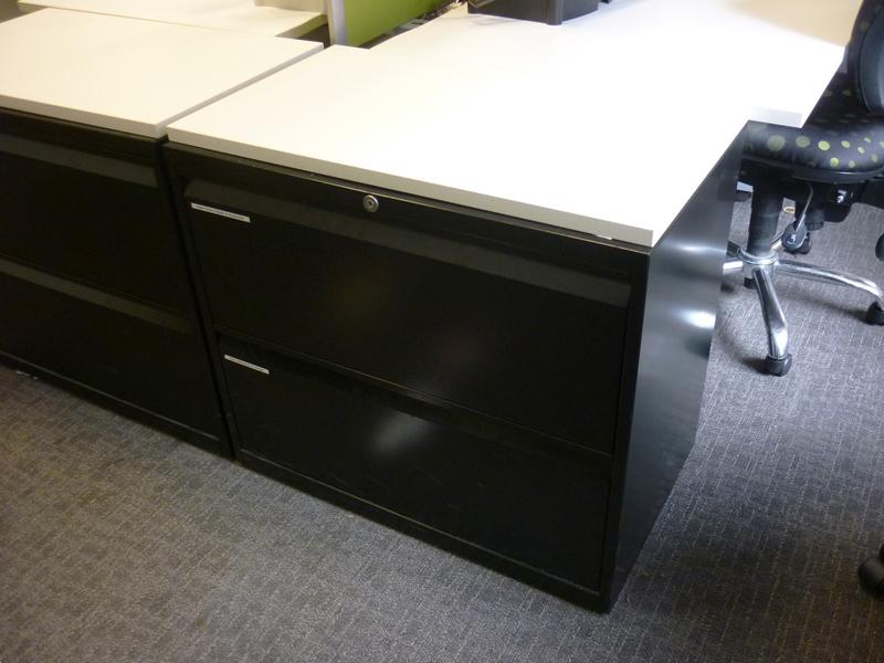 Black Bisley 2 drawer side filer with white top