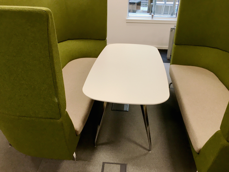 1700mm white Orangebox Cwtch table