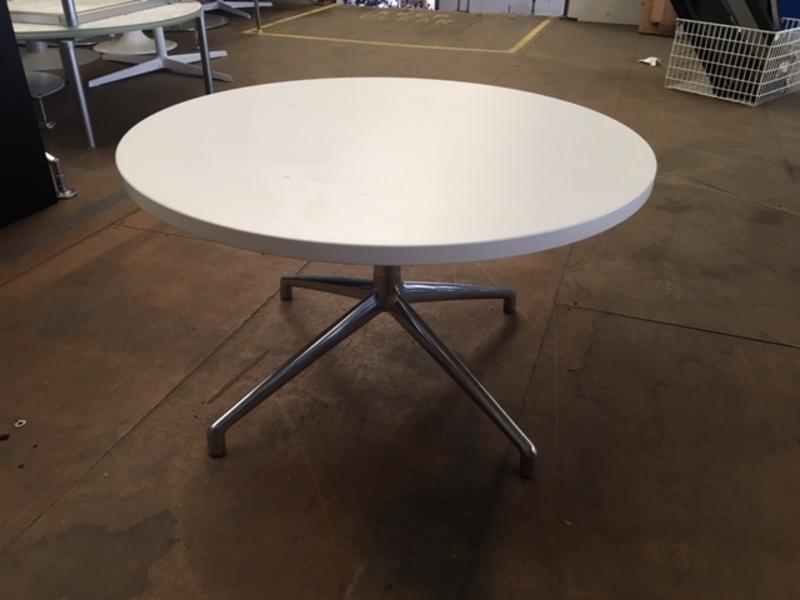 800mm white square edge Boss Design Kruze coffee table