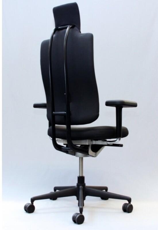 Vitra Headline task chair in black with black spine