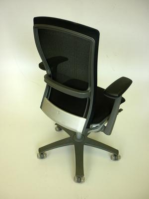 Knoll Life black fabric/mesh task chair (CE)
