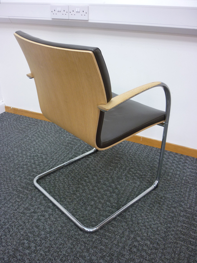 Brown leather meeting chair (CE)