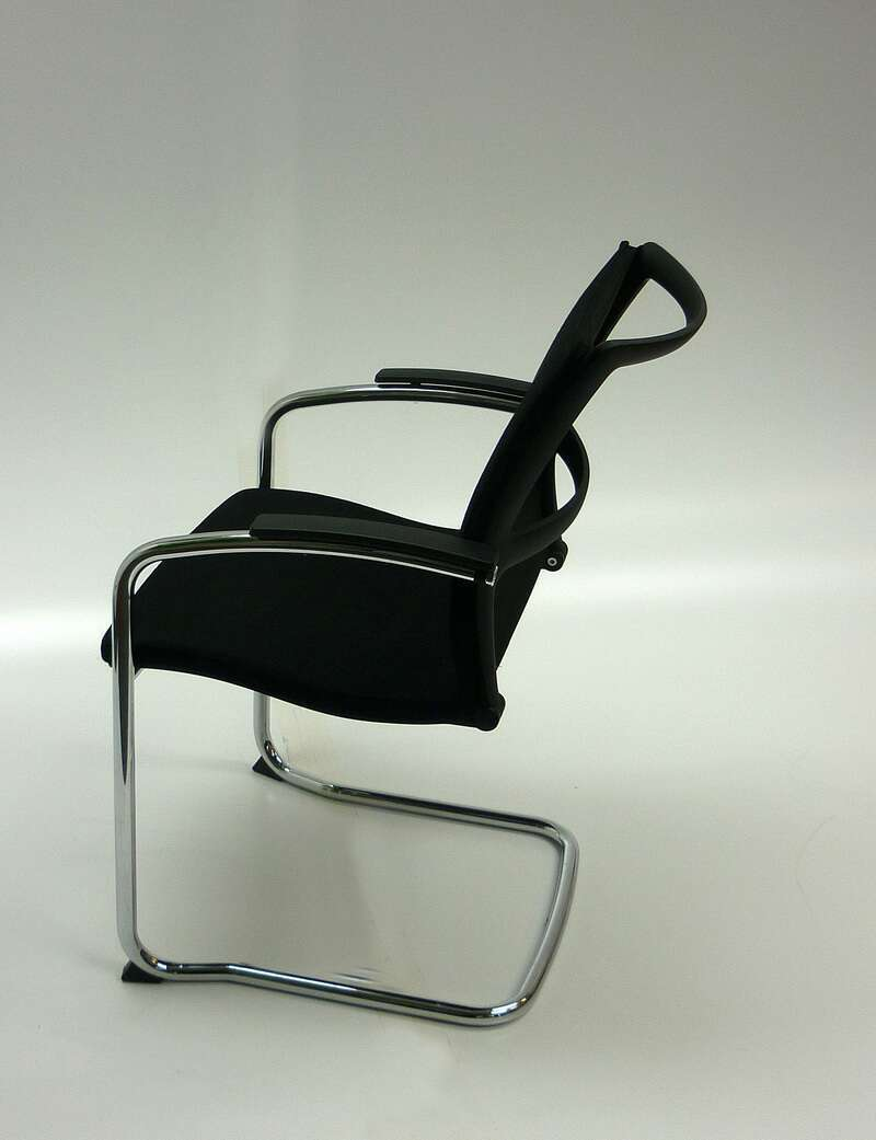 Black fabric Sedus Open UP stackable meeting chair
