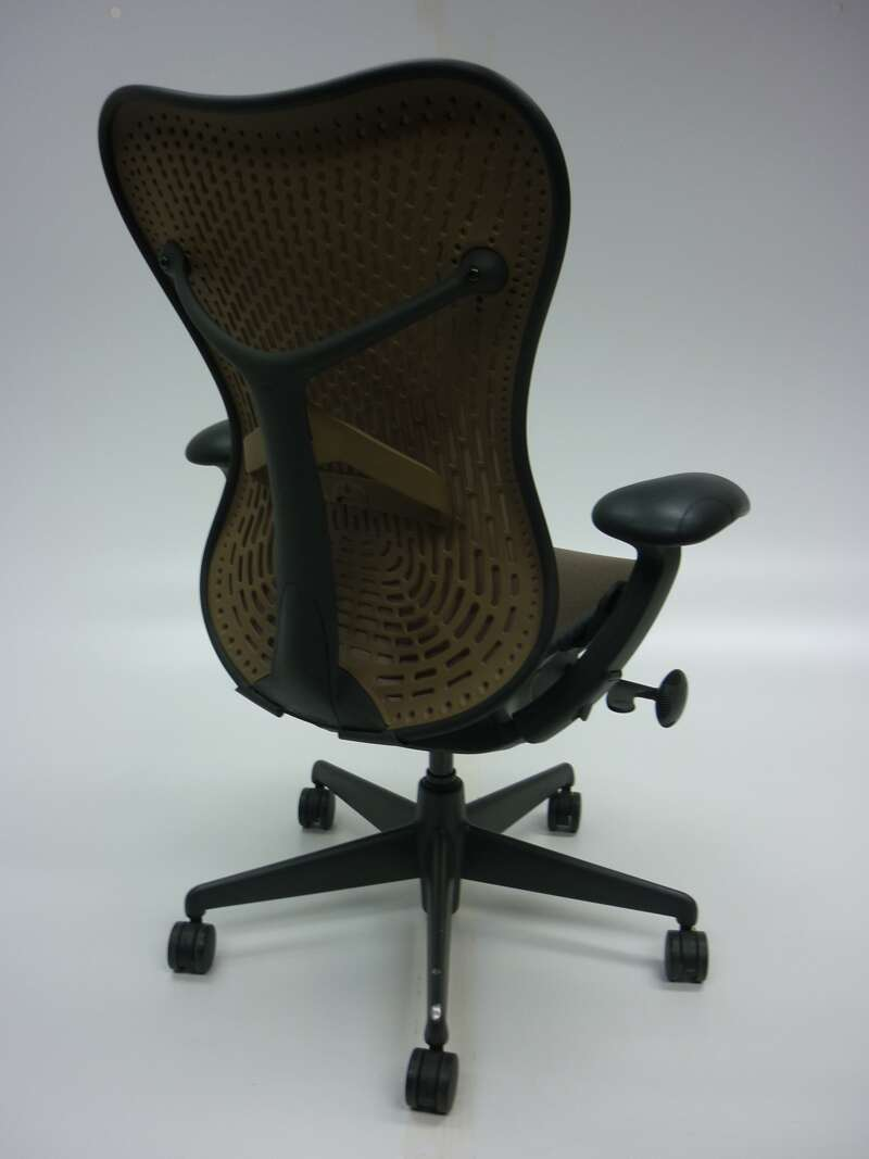 Herman Miller Cappuccino Mirra task chair