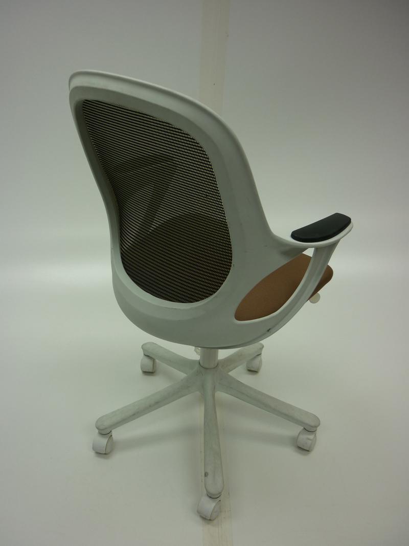 Verco Salt & Pepper light brown task chair (CE)