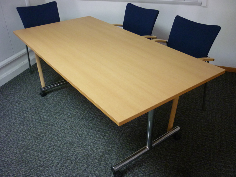1800x900mm beech flip top tables