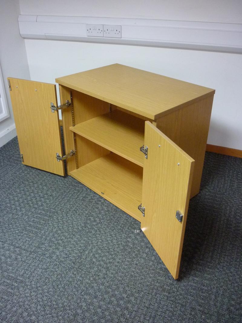 Desk high Sven light oak cupboards