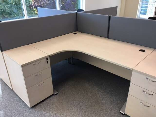 1600mm wide grey Connect desk mounted screens