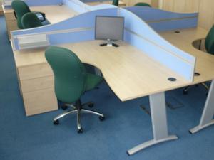 Maple Verco Visual Beam 1800x1600mm combi desks