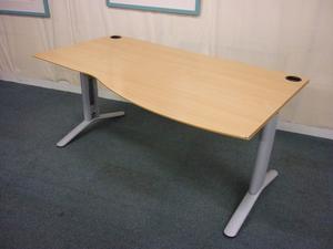 Beech wave desk
