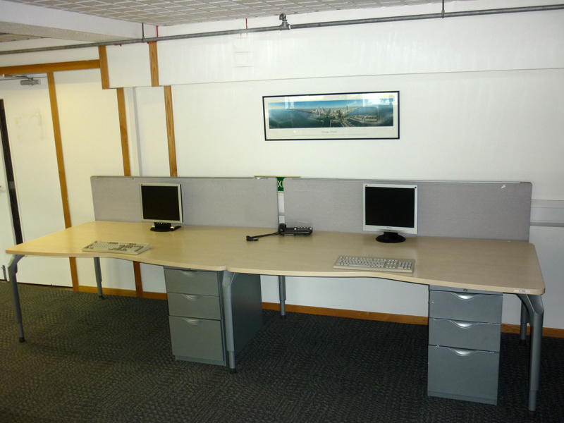 Steelcase maple 1800w x 1000900d mm double wave desks