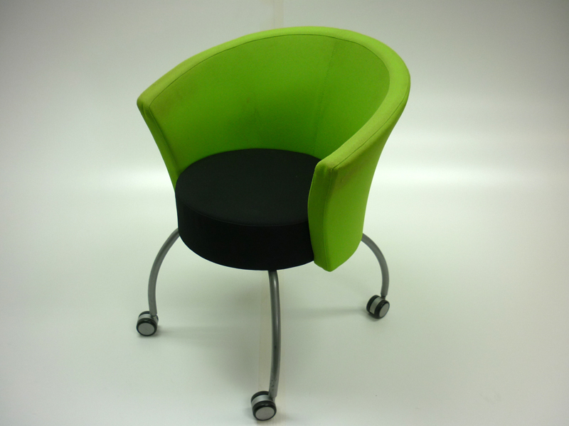 Bobbin lime green/black reception/meeting chairs