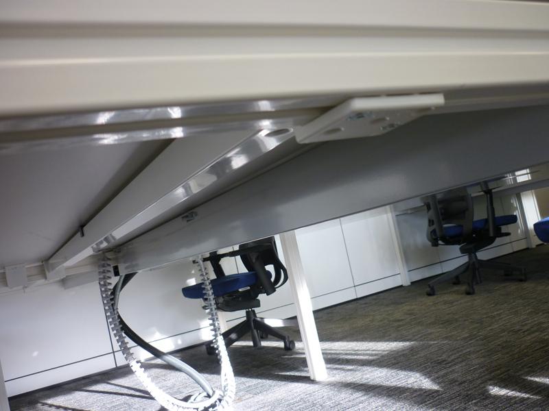 1800w x 800d mm Haworth Tibas white top bench desks