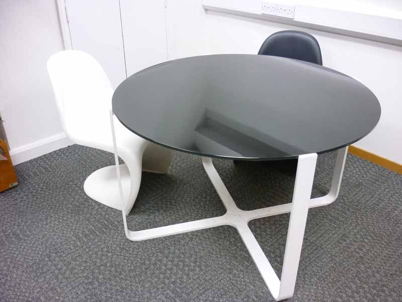 1200mm diameter black glass top meeting table