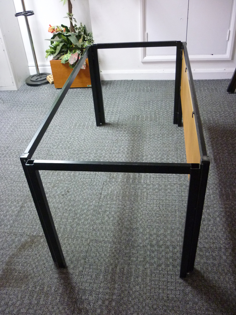 Reflex demountable table system CE