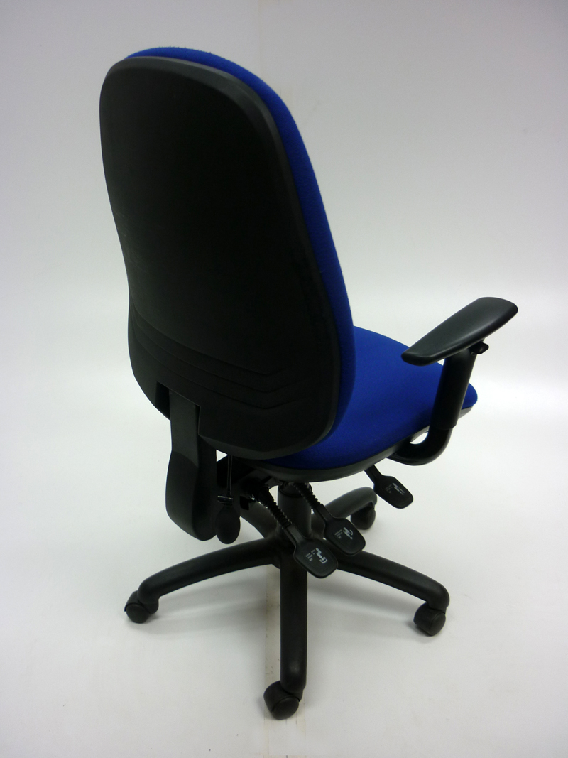 Blue 3 lever task chair