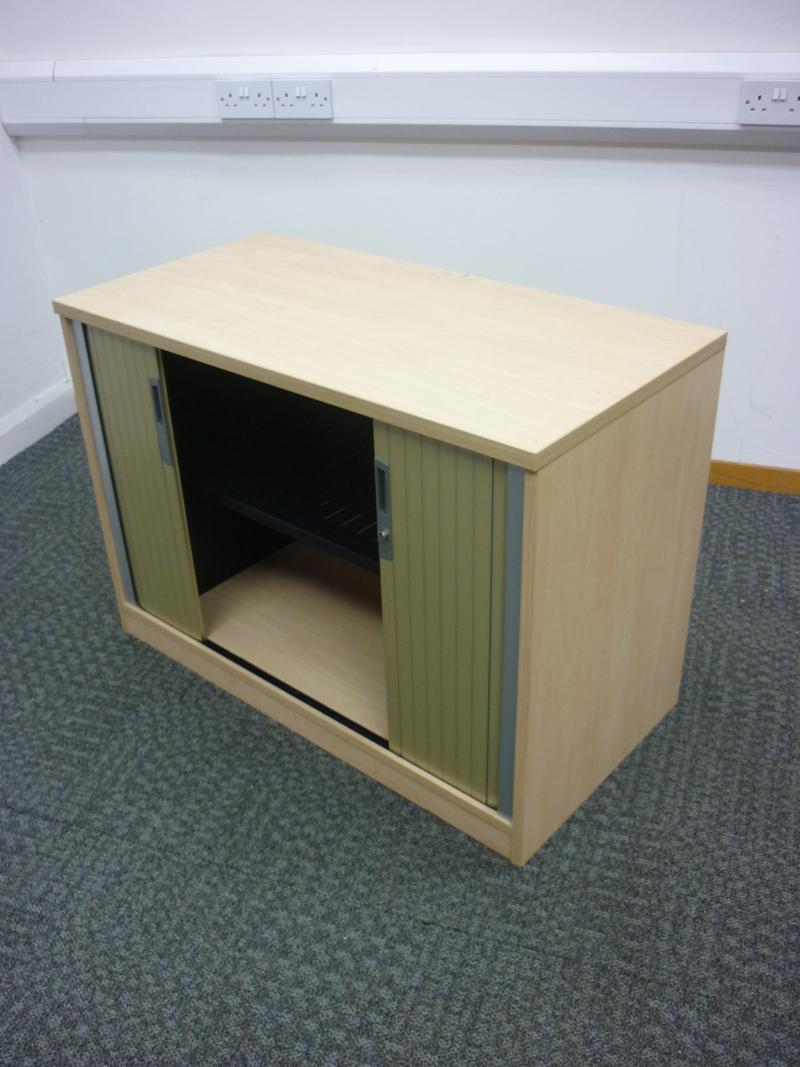Desk high Ofquest maple tambour cupboard