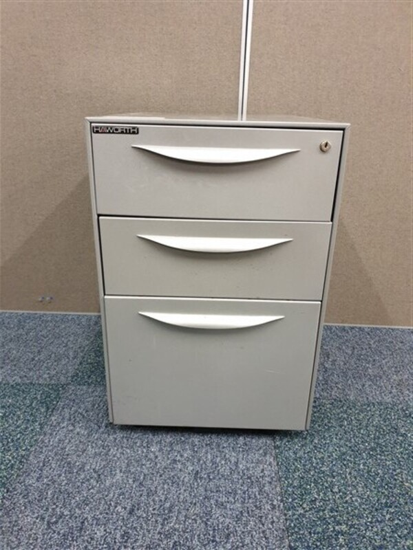 additional images for Grey Hawarth metal pedestal