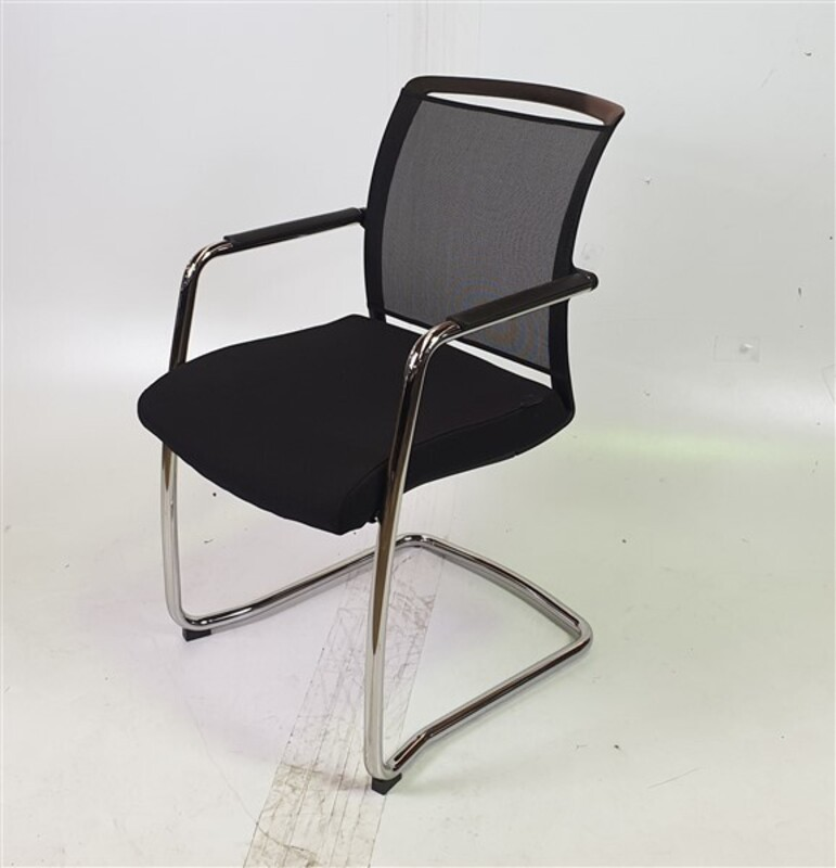 additional images for Pledge Black Mesh Back Fabric Seat Stackable Chair