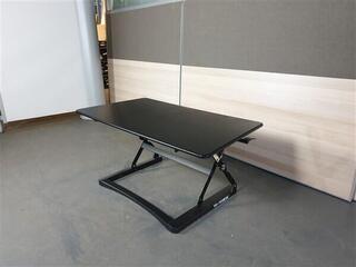 Yo-Yo Classic Sit Stand Angled Desk Black